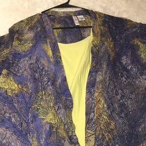 💄2/$20 Xhilaration kimono Small